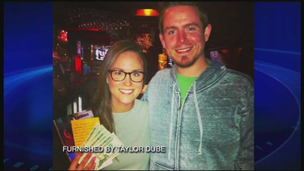 Man gives waitress $500 tip in brother's memory