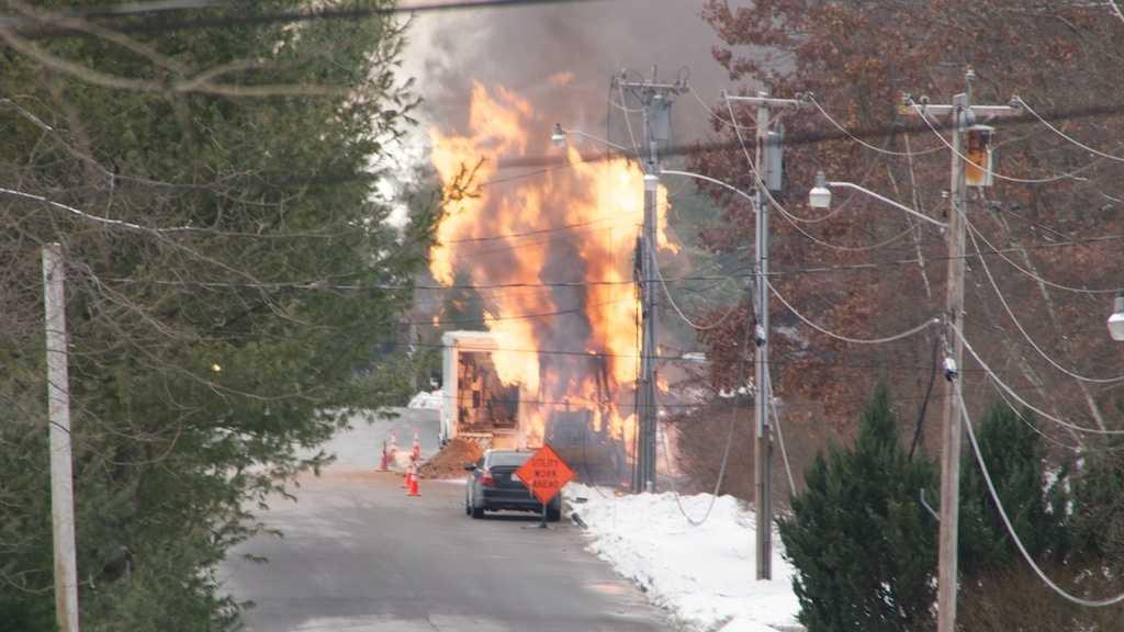 Shrewsbury Gas Line Fire 122713
