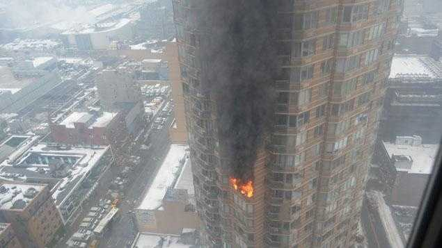 Manhatan High-rise Fire 01064