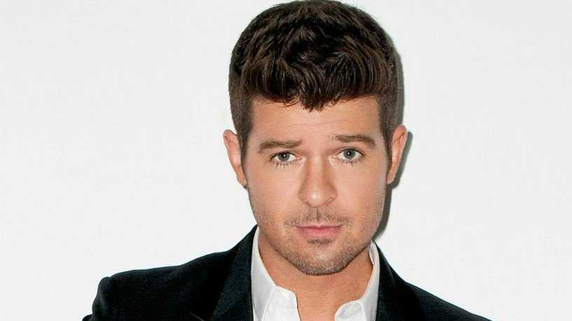 Robin Thicke cropped.jpg
