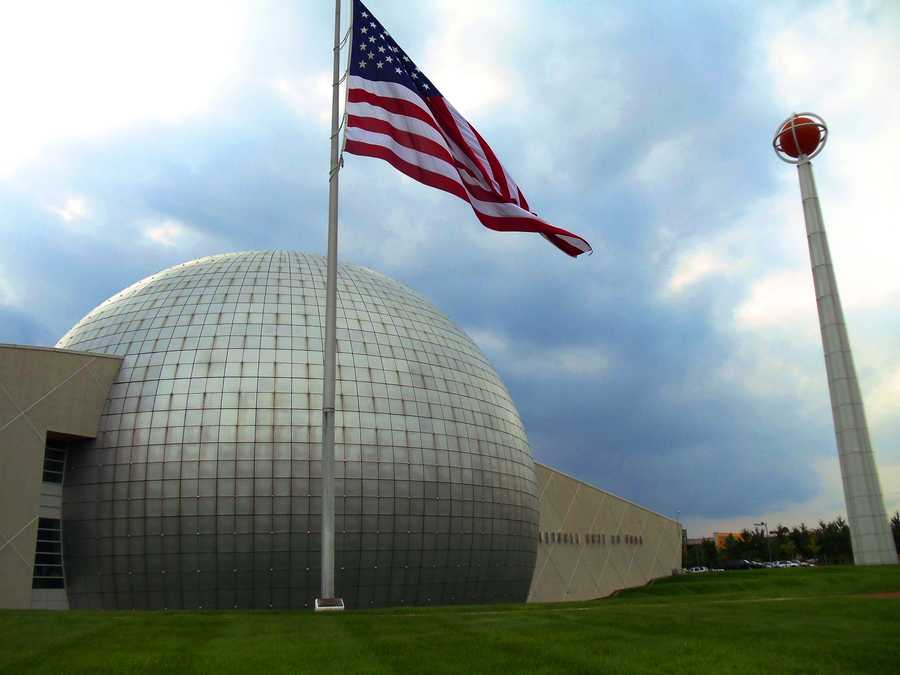 The Basketball Hall Of Fame is located in Springfield.