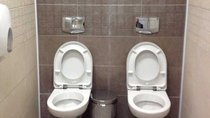 Sochi Toilets AP 0122.jpg