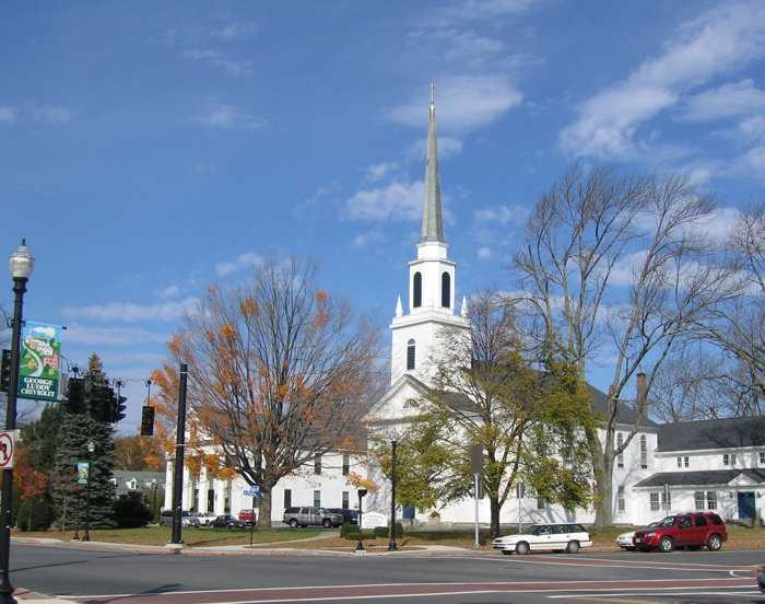 Located in Worcester County, Holden has an excellent school system as well as a full range of services including public water and sewer. Holden maintains protected open space, including the Trout Brook Recreation Area, with 660 acres of trails for walking, cross-country skiing and mountain biking. The population of Holden is 17,346, an increase of 11% since 2000.