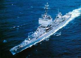 The first nuclear-powered surface vessel, USS Long Beach, was launched at Quincy in 1961.