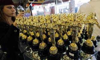 The bags go to nominees in the categories of Best Actor, Best Actress and Director who do not win a coveted Oscar.