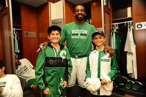 It's a dream come true for Louis Corbett, 12, of New Zealand. He was able to see his favorite team, the Boston Celtics, play a game before a disease leaves him blind.