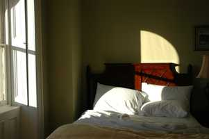People who sleep only 5 hours a night are more likely to be obese than those who get the recommended 7 to 8 hours.