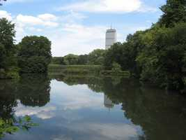 Designed by Frederick Law Olmsted, Boston's Emerald Necklace is a six-mile stretch of green parkland that includes the Boston Common, Public Garden, Franklin Park, Jamaica Pond, the Arboretum, Commonwealth Avenue Mall, Back Bay Fens, Riverway and Olmstead Park.