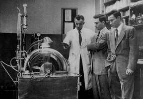 1954: First successful Kidney transplant between twins at Peter Bent Brigham Hospital in Boston.