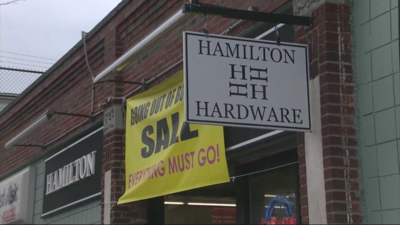 Landmark hardware store closes doors for good