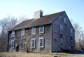 Built in Duxbury in 1653, the John Alden House is the only building still standing in the United States that was built by, and lived in by Pilgrims. It was the home of Pilgrim John Alden and Priscilla Mullins.