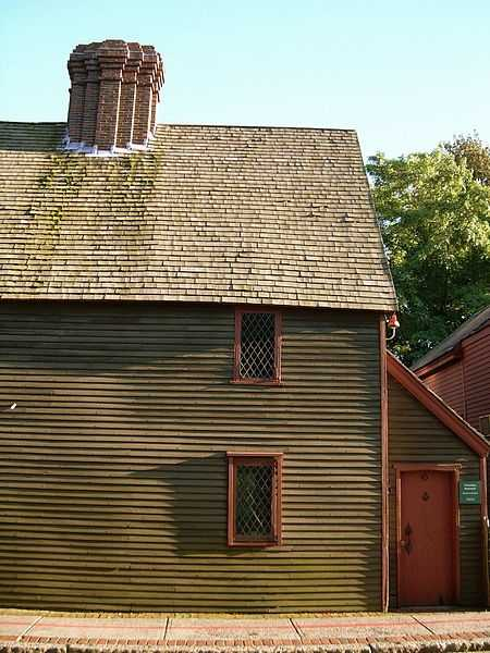 The Pickman House is located on Charter Street in Salem. The house was built in 1664.