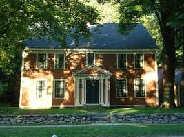The Reuben Brown House in Concord was built in 1725.
