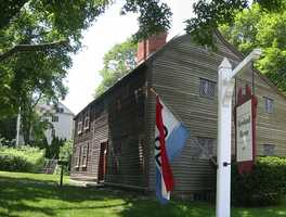 The Jabez Howland House is located at 33 Sandwich Street in Plymouth. It was built in 1667.