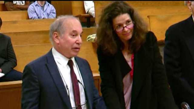 Paul Simon, Edie Brickell appear in court