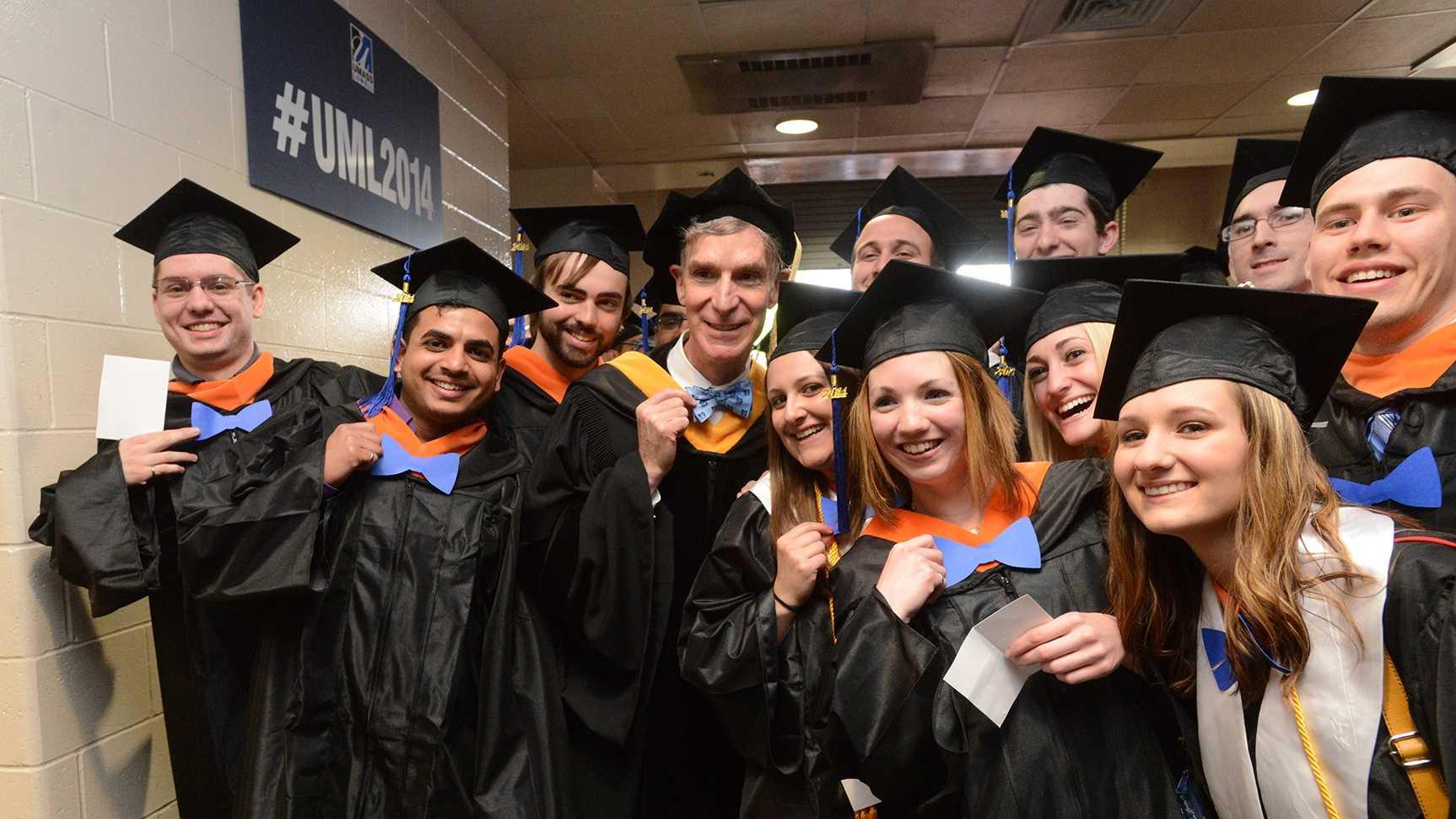 Nye UMass Lowell students May 17 2014.jpg