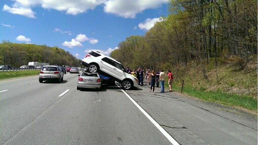 sturbridge crash 051814.jpg