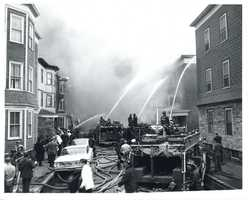 Although many firefighters and citizens were injured, no fatalities were recorded.