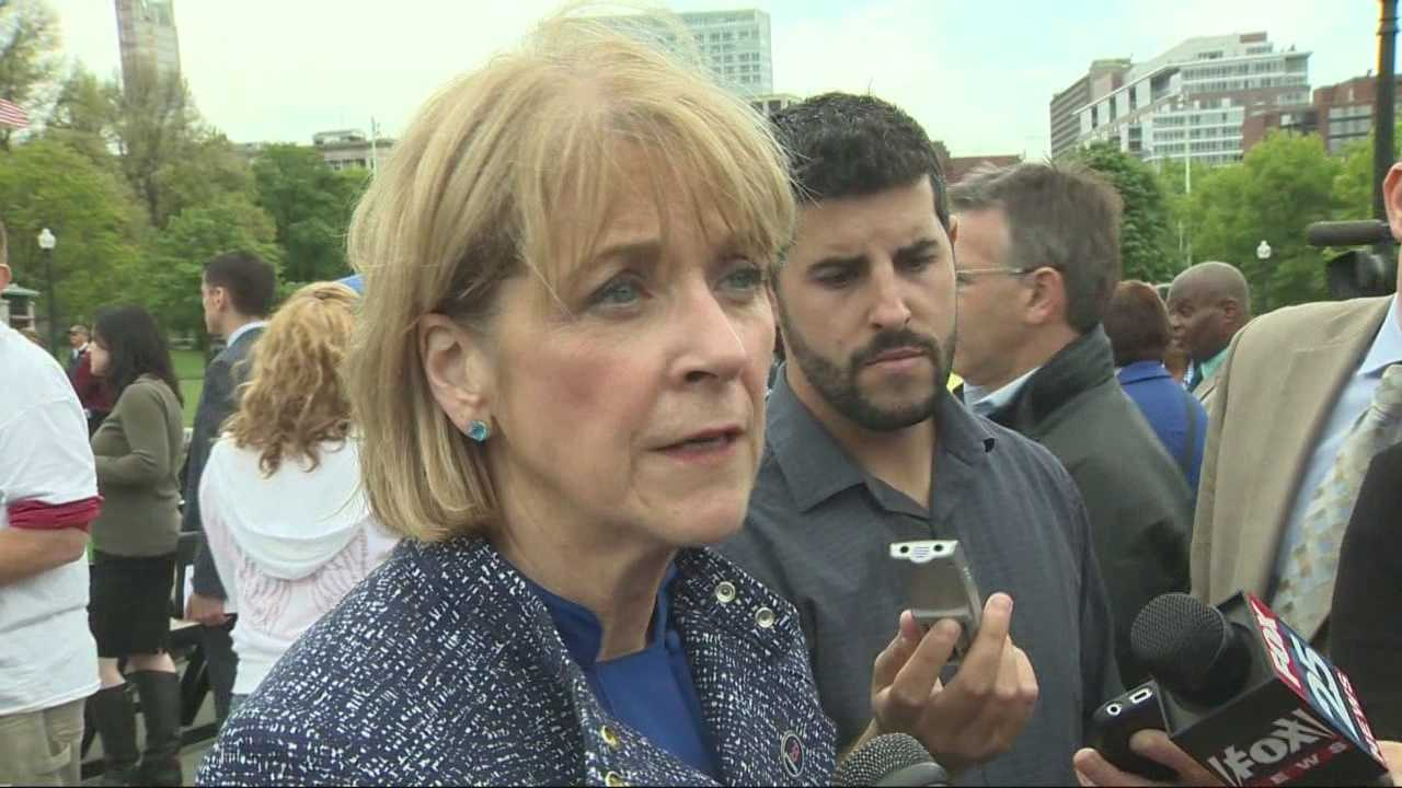Poll shows Coakley widening lead, but shows potential problem