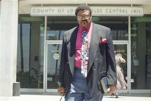 """Former NFL player and pastor Rosey Grier visited Simpson at the Los Angeles County Jail on June 23, 1994. A jailhouse guard said that at one point Simpson yelled to Grier that he """"didn't mean to do it,"""" after which Grier had urged Simpson to come clean. The conversation was ruled """"hearsay"""" and not presented to the jury."""