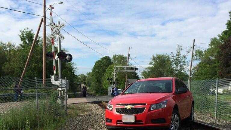 Bridgewater Car on Tracks 0606 01.jpg