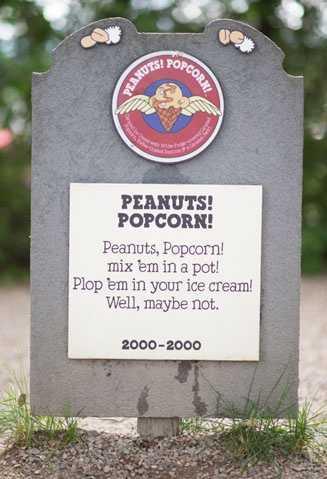 Peanuts! Popcorn!2000 - 2000Caramel Ice Cream with White Fudge-covered Caramel Popcorn, Toffee-Coasted Peanuts & a Caramel Swirl.