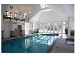 Enjoy all year round recreation in the spectacular indoor pool, sauna and spa.