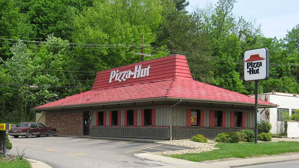 #1 (tie) Pizza Hut received a score of 82 on the American Consumer Satisfaction Index.