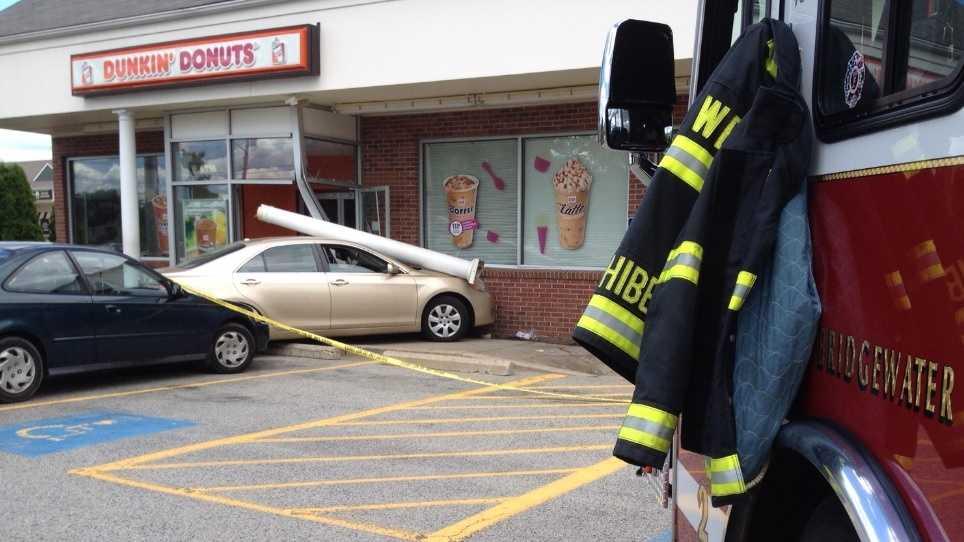 Dunkin crash 062214.jpg
