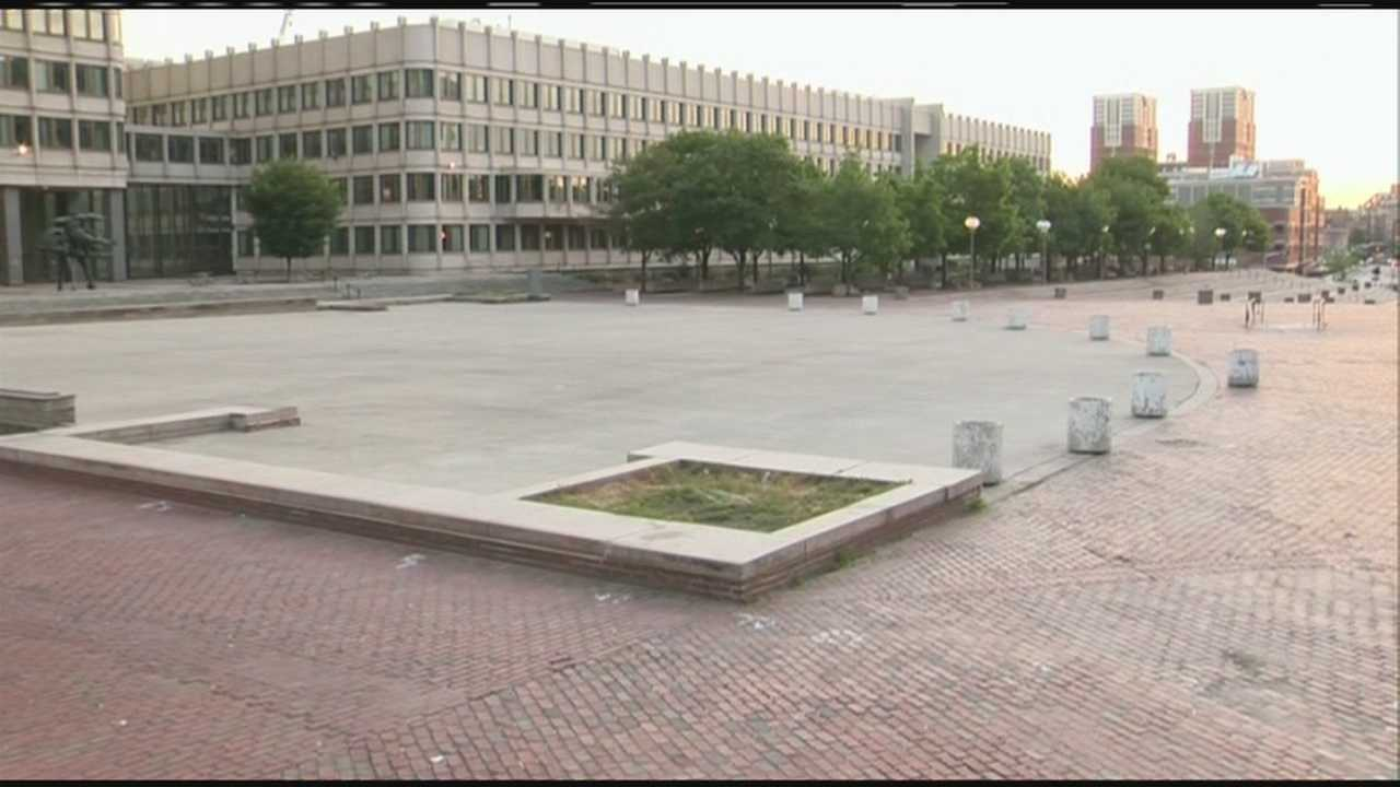 Safety concerns raised over old City Hall Plaza fountain