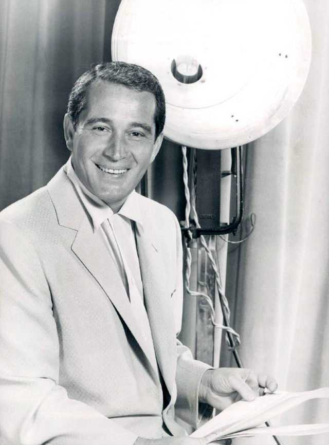 Perry Como was a popular singer and television personality during the 1950s and 1960s. Como suffered from Alzheimer's disease for two years before passing away in 2001.