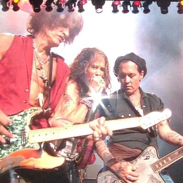 Johnny Depp made a cameo at Wednesday night's Aerosmith concert in Mansfield.