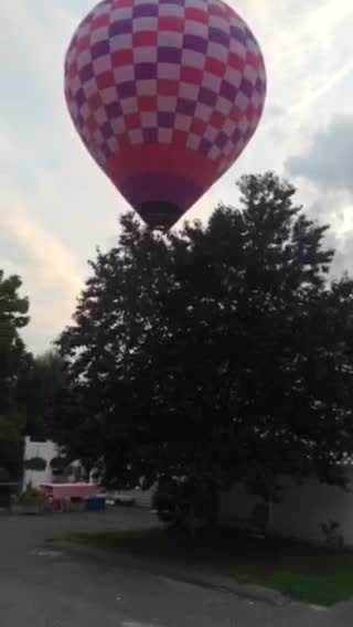 Video shows the descent of the balloon