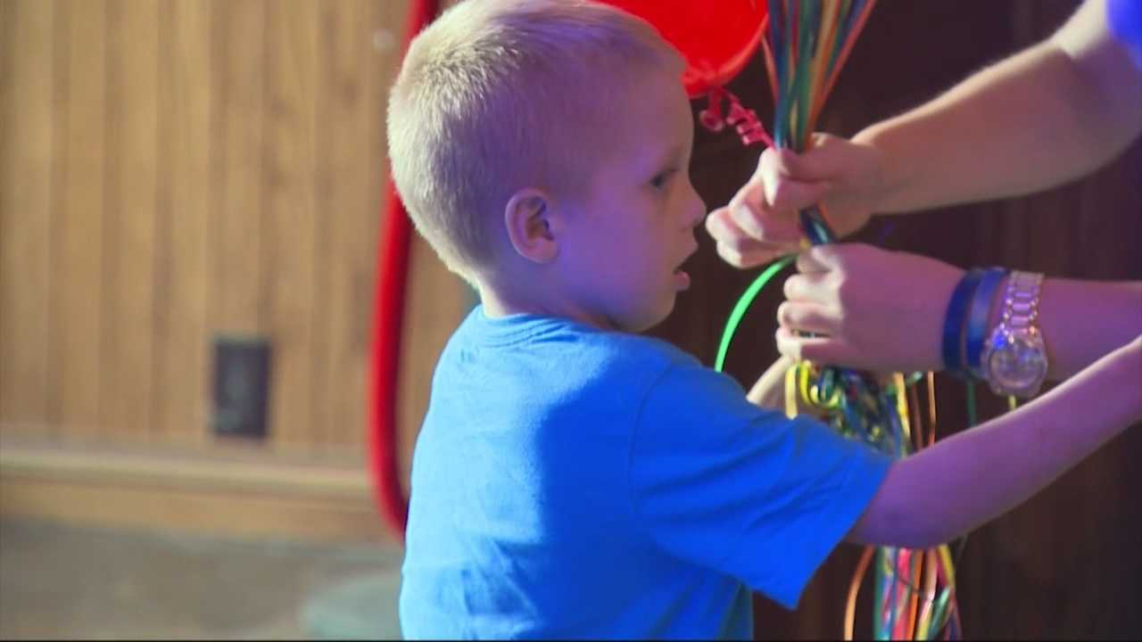 Boy flooded with cards, wishes on 6th birthday