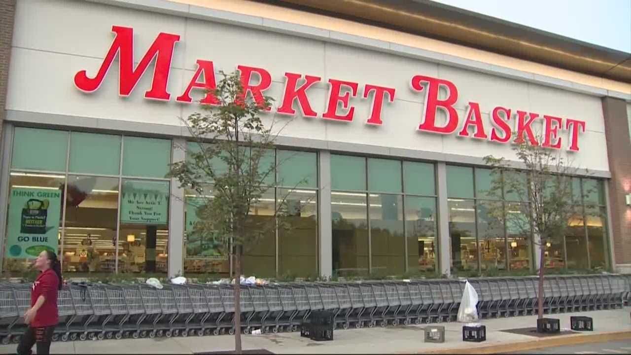 Market Basket management makes plea for workers to return