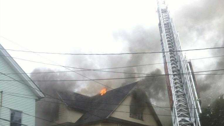 lawrence fire 080214.jpg