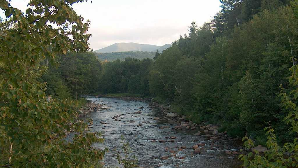 1024px-Ammonoosuc_River_in_the_White_Mountains.jpg