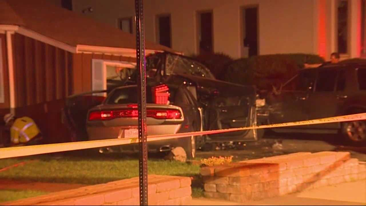 2 hurt in crash into house