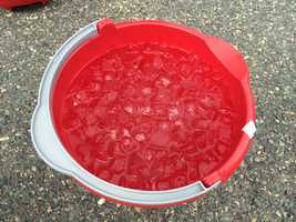 Here's how it works: Grab your camera and fill up a bucket of ice water.