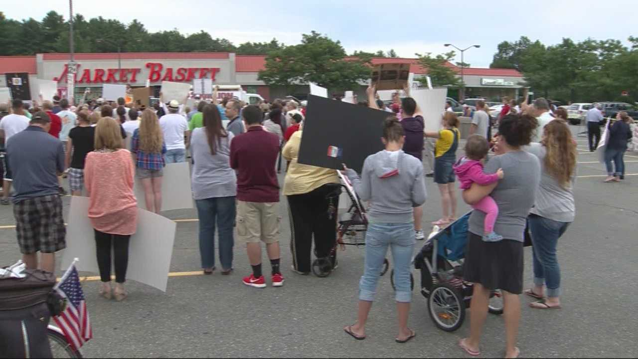 Governors try to get Market Basket standoff settled
