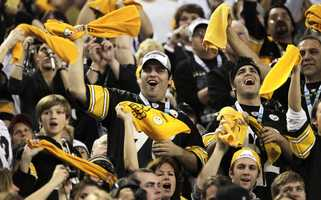7) (tie) Pittsburgh SteelersHometown Crowd Rank: 3TV Audience Rank: 3Stadium Attendance Rank: 22Social Media Rank: 3Merchandise Rank: 7
