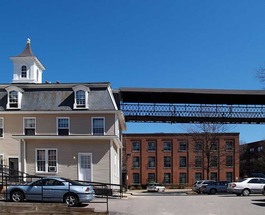 #46. Leominster. 10.18% of homes are single-parent households according to the U.S. Census data from 2012.
