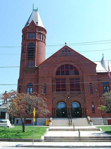 #11. Southbridge. 14.17% of homes are single-parent households according to the U.S. Census data from 2012.