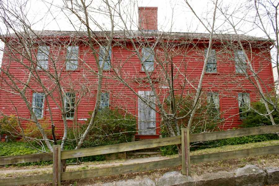 This timber-framed First Period house was built in 1718 by William Wilcomb at 43 Summer St. in Ipwich. Out on Jeffreys Neck William Willcomb operated a fishing stage, a small building and platform for salting and drying fish.Read more at Historic Ipswich. All photos courtesy Gordon Harris, Town Historian.  Read his blog on Ipswich historic homes.