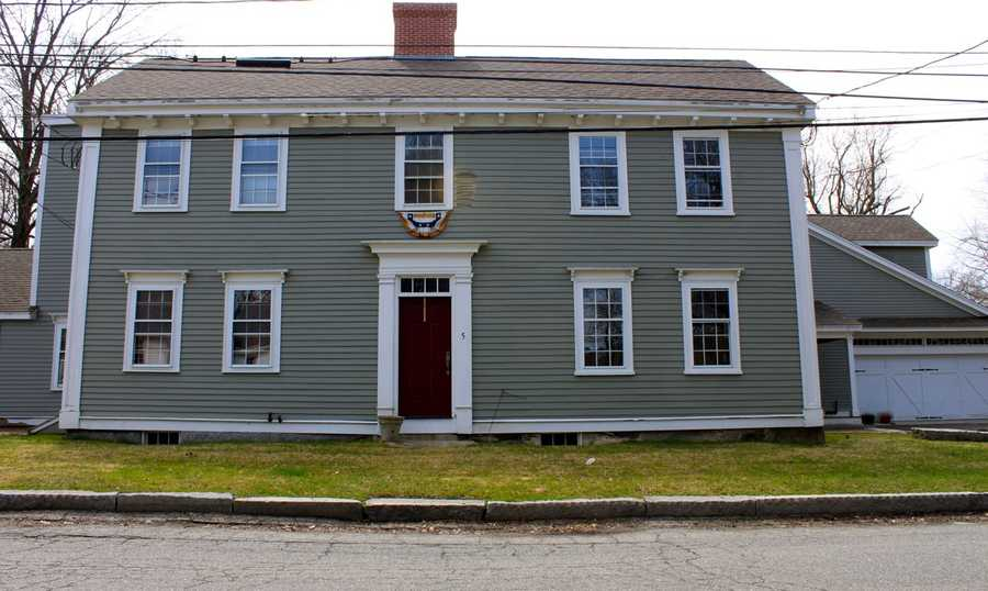 """The house at 5-7 Poplar Street was built in 1688 by Deacon Thomas Knowlton and later purchased by Dr. John Calef. The house was added to the National Register of Historic Places in 1980. From 1754 to 1760 Dr. John Calef was a surgeon in the """"Old French War"""" in '56.Read more at Historic Ipswich. All photos courtesy Gordon Harris, Town Historian.  Read his blog on Ipswich historic homes."""
