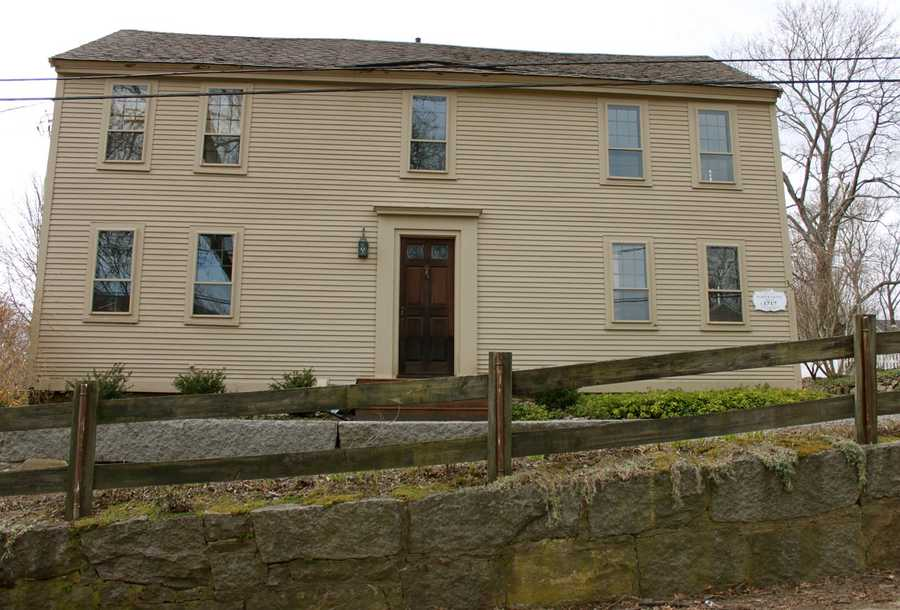 """""""The Foster Grant House"""" at 39 Summer Street was built in 1717 and has many well-preserved original First Period elements.Read more at Historic Ipswich. All photos courtesy Gordon Harris, Town Historian.  Read his blog on Ipswich historic homes."""