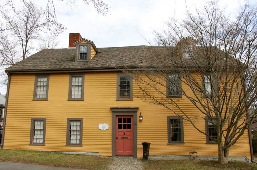The James Foster House at 46 Summer Street was built in 1720. The roofline shows that it was once a smaller house, later doubled in size and remodeled to appear Georgian, with the two chimneys, dormers and a symmetrical front. He bought this former orchard land from Nathaniel Clark who moved to Newbury.Read more at Historic Ipswich. All photos courtesy Gordon Harris, Town Historian.  Read his blog on Ipswich historic homes.