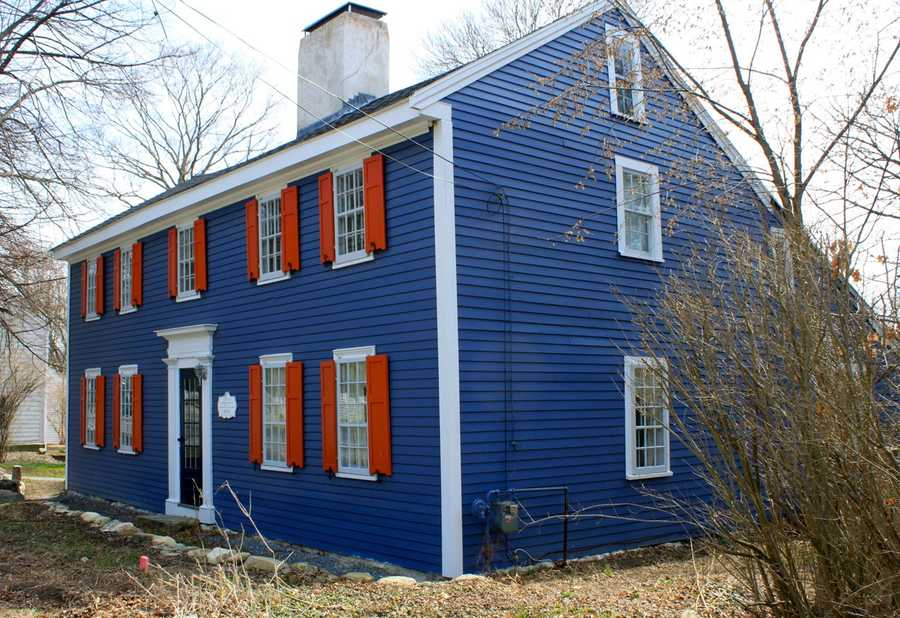 """The """"House with Orange Shutters"""" at 106 High Street in Ipswich was built between 1690 and 1715 (1st period) and is a 2 story end gable timber frame structure. Read more at Stories from IpswichAll photos courtesy Gordon Harris, Town Historian.  Read his blog on Ipswich historic homes."""