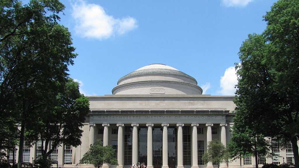 7. MIT (Massachusetts)Massachusetts Institute of Technology is ranked 8 in Kiplinger's list of Best Values in Private Colleges and is ranked 17 among all colleges.