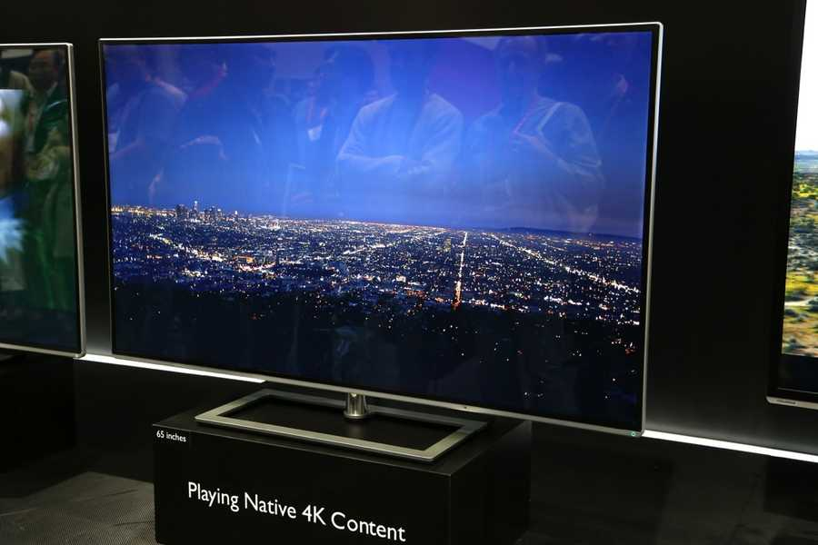 But experts say that despite their perks, you shouldn't buy these yet. For one, despite rapidly plummeting prices, 4K TVs are still quite expensive: They have an average price of $2,400, compared with about $450 for flat-screen TVs overall.